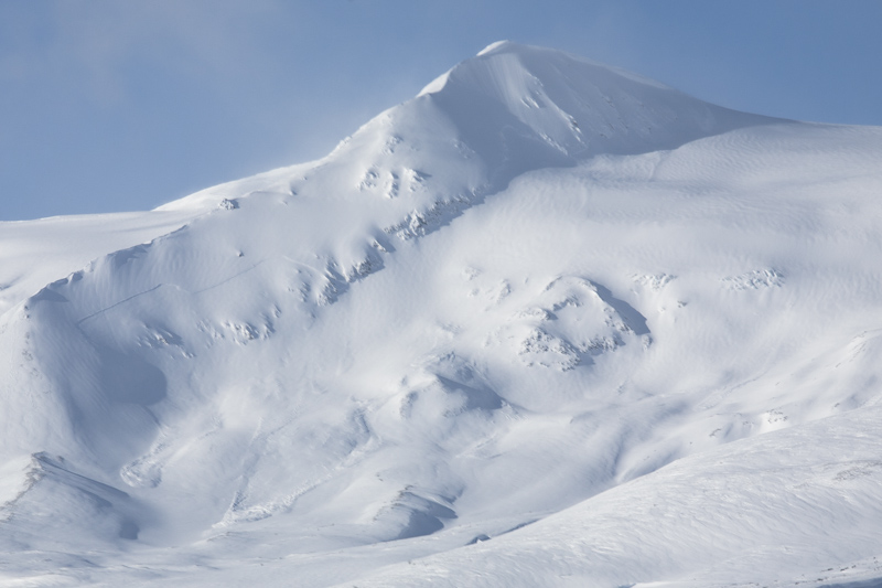 a big avalanche on the Parton area
