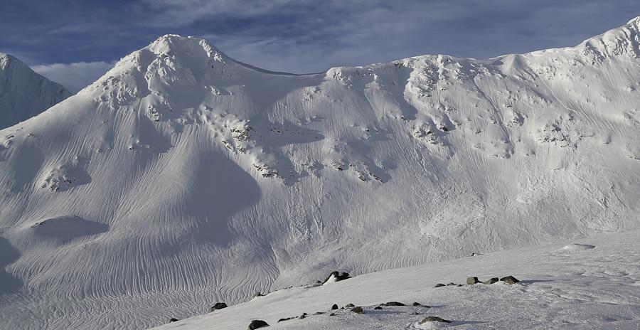 Taiya peak