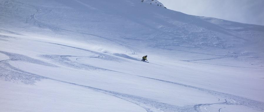 Claude Vallier yukon Backcountry skiing00001